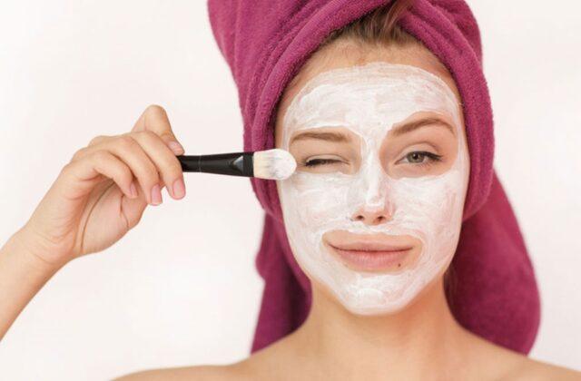 Cómo preparar una mascarilla facial despigmentante 100% natural